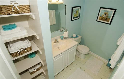 Bath with Linen Closet