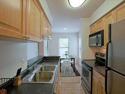 Gaithersburg, MD Apartments - Great appliances, cooking space