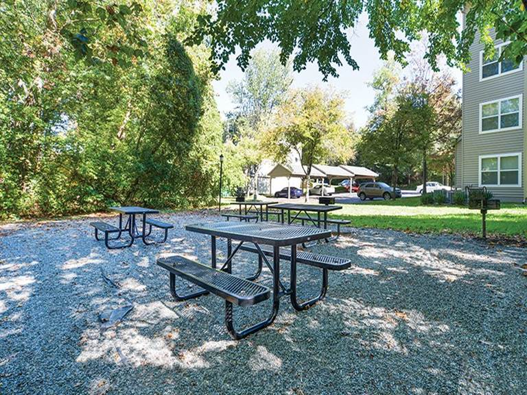 Picnic Area - For Rent in Gaithersburg, MD -